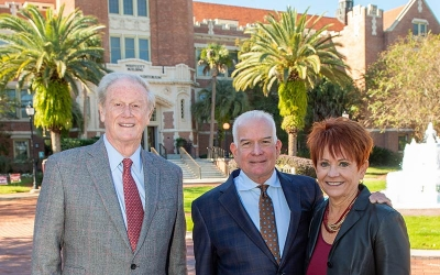 President Thrasher next to Gail and Bob Knight